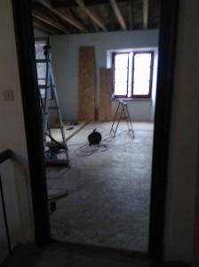 la chambre avec le plancher terminé